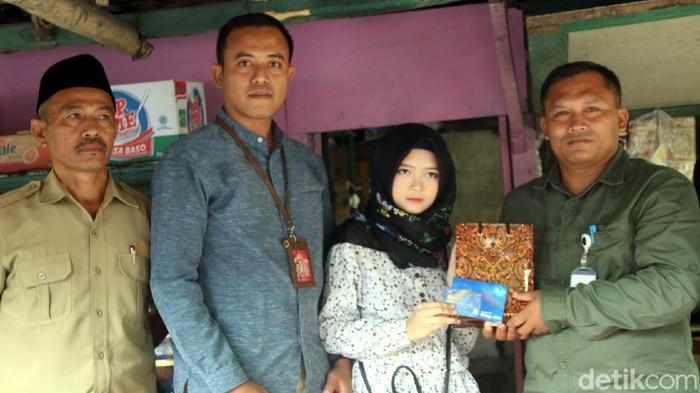 Terkesan dengan Kisah Febby, Presiden Jokowi Kirim Utusan