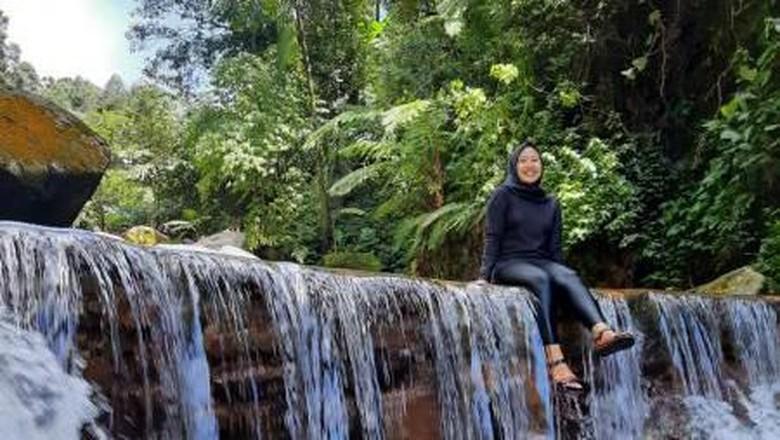 Curug Lembah Tepus yang Eksotis di Bogor
