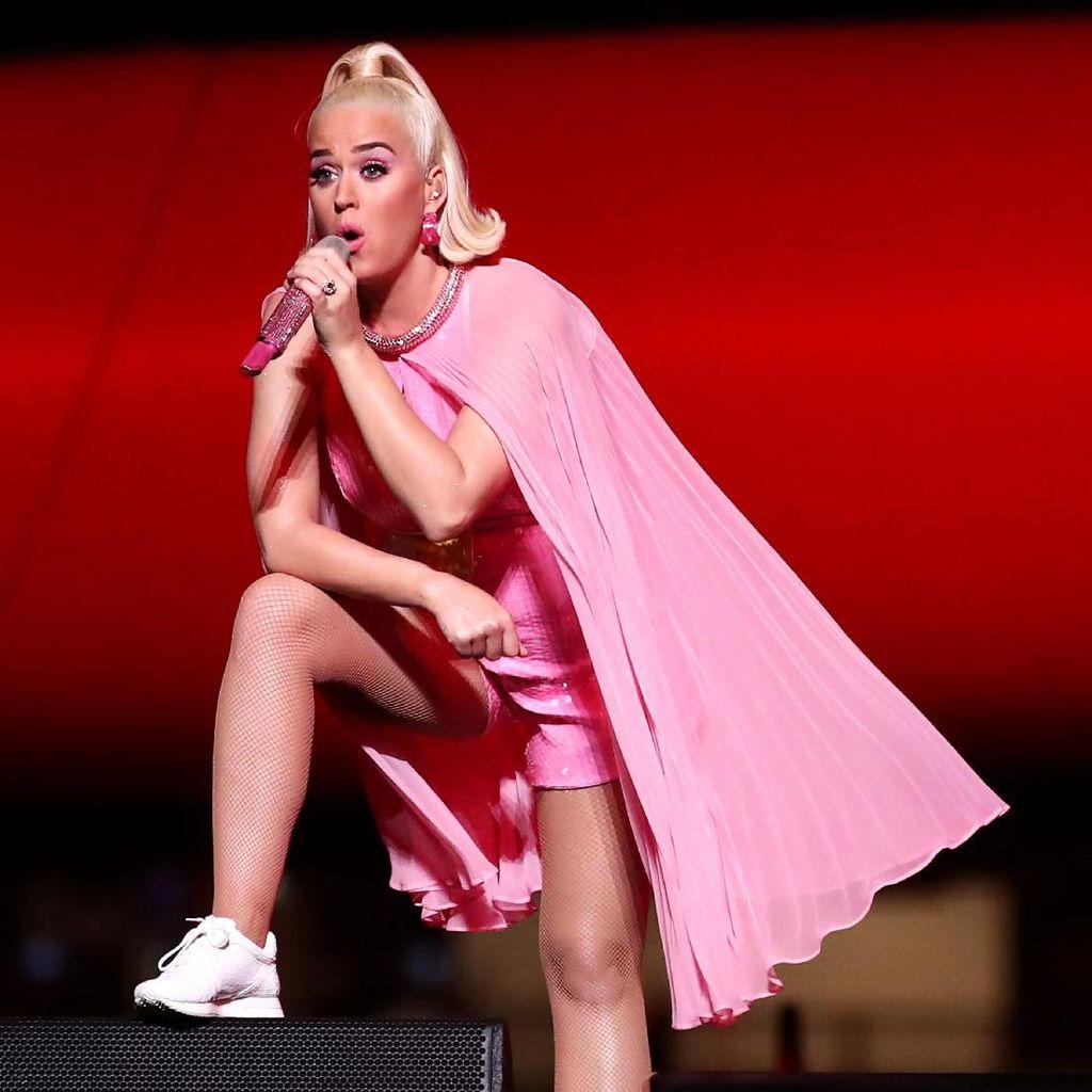 Usai Depresi, Katy Perry Tak Takut Melahirkan