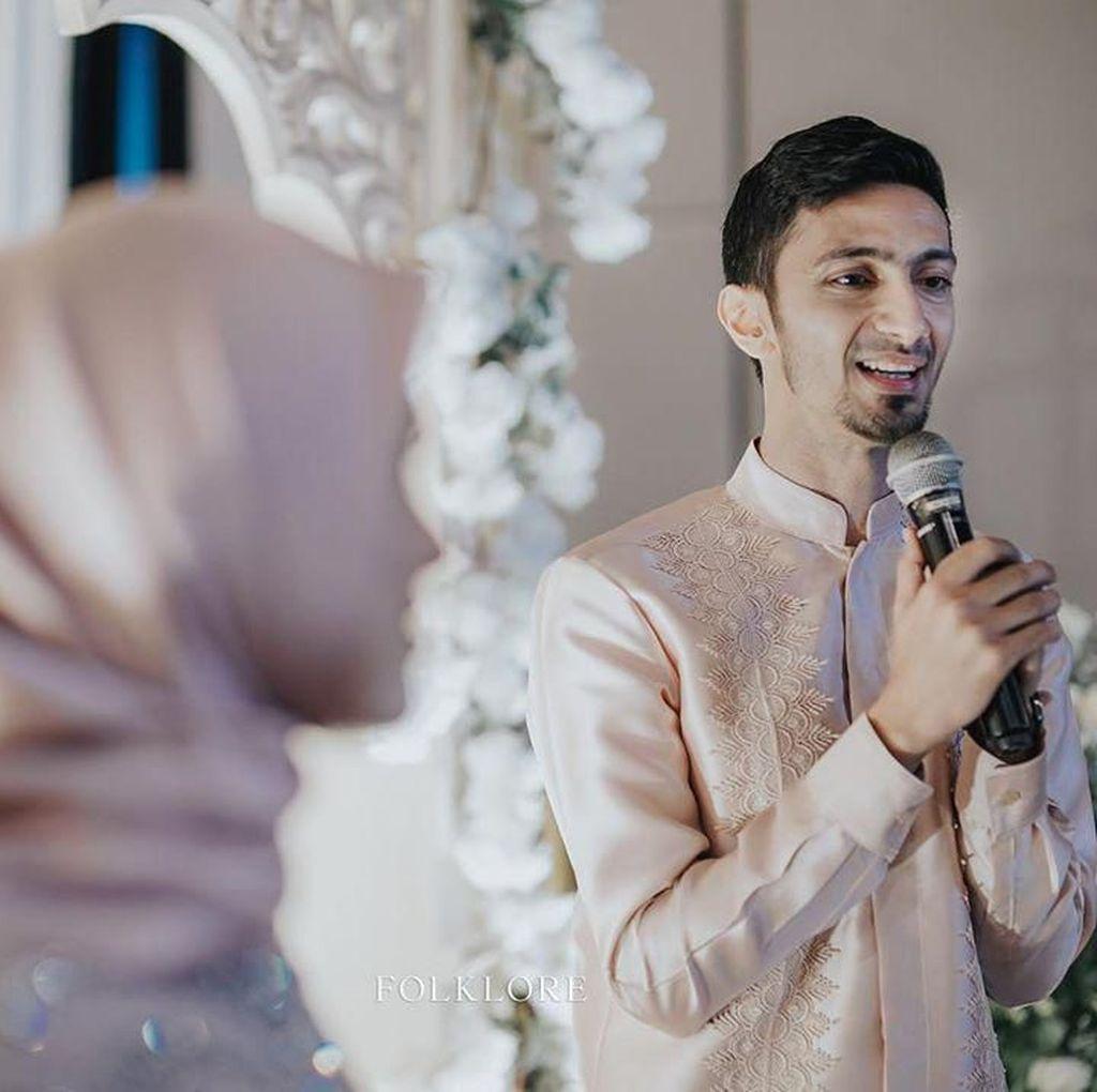 Vebby Palwinta Tunda Resepsi Pernikahan Gegara Corona