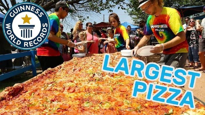 rekor dunia pizza