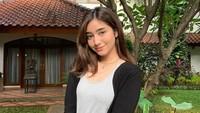Dannia Salsabilla Pakai Tank Top, Netizen Serukan Damage Ampun Banget