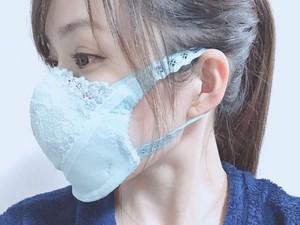 Heboh Virus Corona, Model Jepang Viral karena Bikin Masker dari Bra Bekas