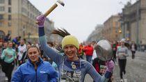 Ribuan Wanita Belarus Berlari di Hari Perempuan Internasional