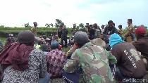100 Lebih Penambang Pasir di Lumajang Tolak Penggunaan Alat Berat