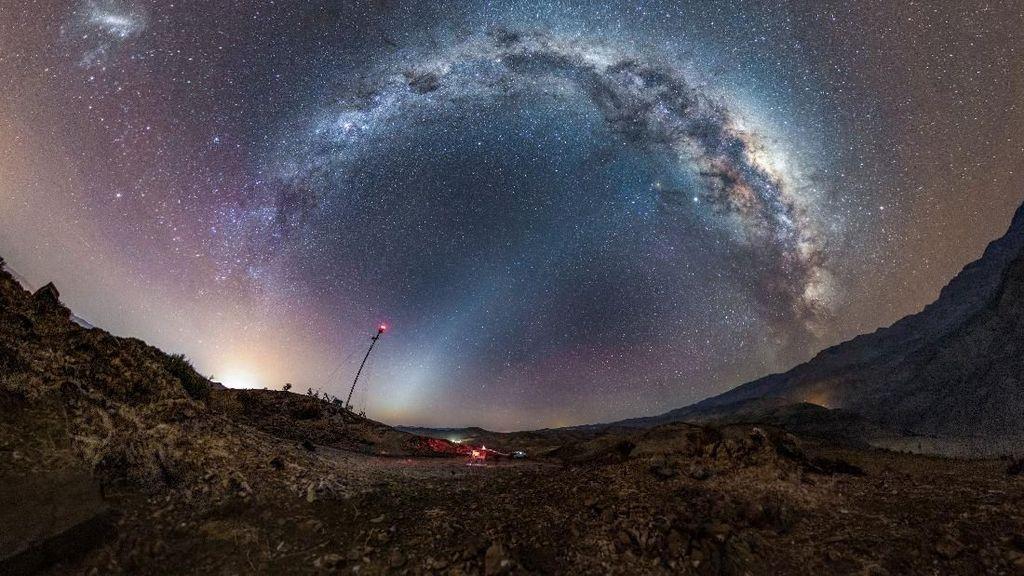 NASA Pamer Foto Milky Way di Langit Chile yang Spektakuler