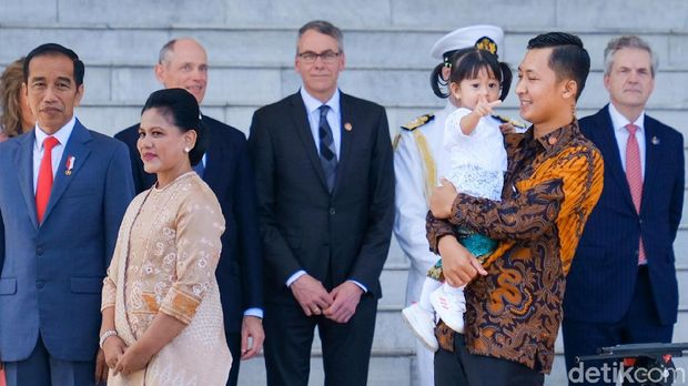 Jokowi, Iriana dan Sedah Mirah