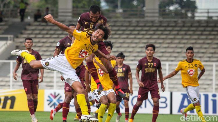 PSM Makassar Vs Kaya FC Berbagi Poin di Stadion Madya