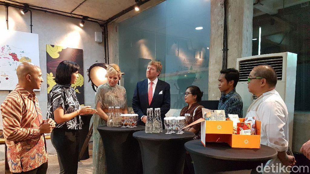 Momen Raja dan Ratu Belanda Cicipi Cokelat Indonesia