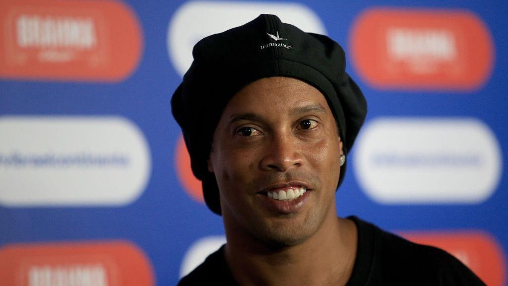 Ultah di Penjara, Ronaldinho Tetap Banjir Ucapan Selamat