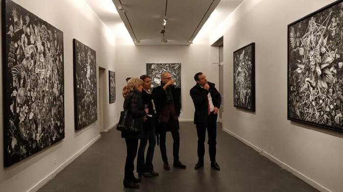 Pameran Tunggal Seniman Bestrizal Besta di Swiss