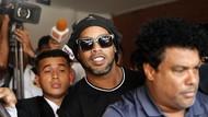 Ronaldinho Mau Ikut Turnamen Futsal di Penjara?