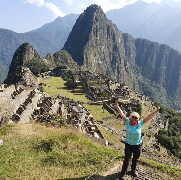 Machu Picchu berada diketinggian 2.430 mdpl, di tengah hutan topis hingga suasana alam di sana sangat indah. (Tina Sibley)