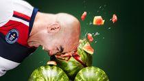 Pecahkan Makanan Pakai Kepala, 5 Pria Kuat Ini Raih Rekor Dunia