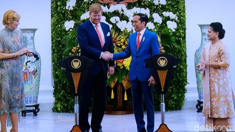 Akhirnya! Keris Pangeran Diponegoro Diserahkan Belanda ke Jokowi