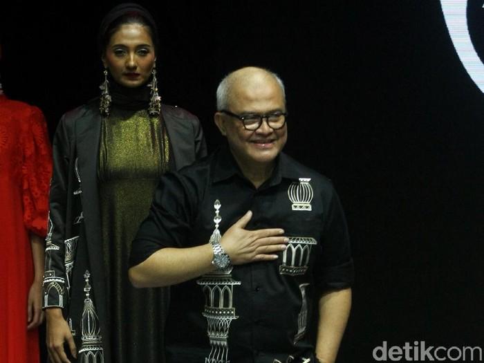 koleksi Itang Yunasz di Muffest 2020