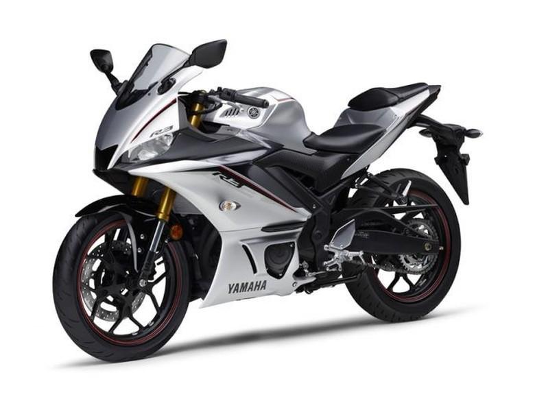 Yamaha R3 dan R25 Punya warna Baru 2020