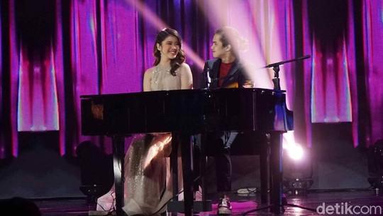 Duet Manis Dul Jaelani dan Tiara Idol