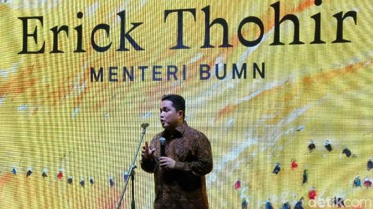 Erick Thohir Buka Pameran Maestro Lukis Srihadi Soedarsono
