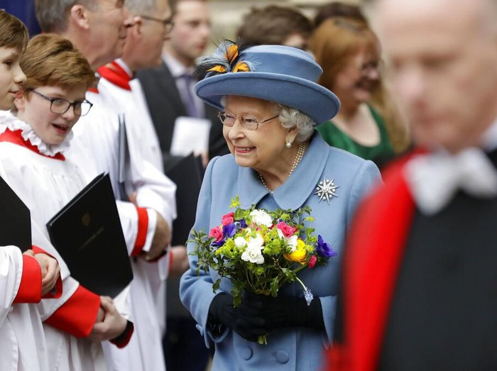 Britains Queen Elizabeth II leaves after attending the annual Commonwealth Day service at Westminster Abbey in London, Monday, March 9, 2020. The annual service, organised by the Royal Commonwealth Society, is the largest annual inter-faith gathering in the United Kingdom. (AP Photo/Kirsty Wigglesworth)