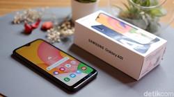 Ponsel Samsung Rp 1 Jutaan Diklaim Laris Manis