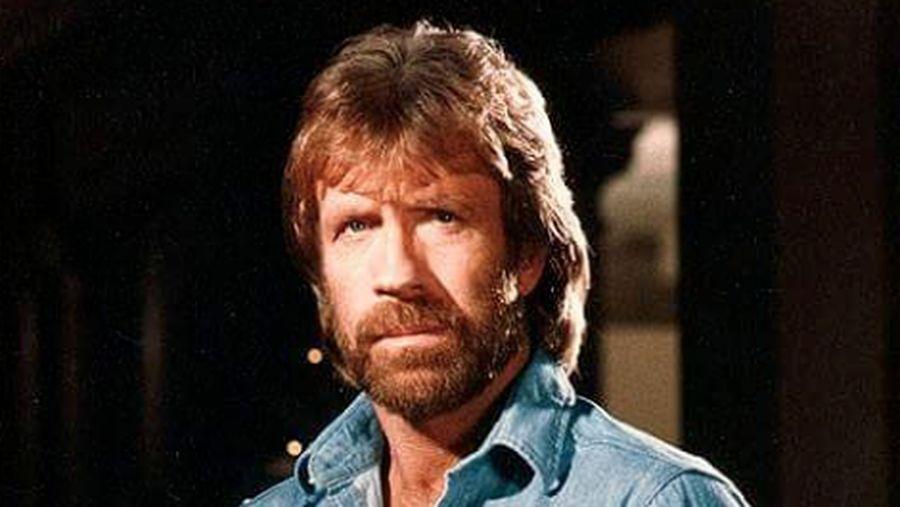 Chuck Norris dari instagram.