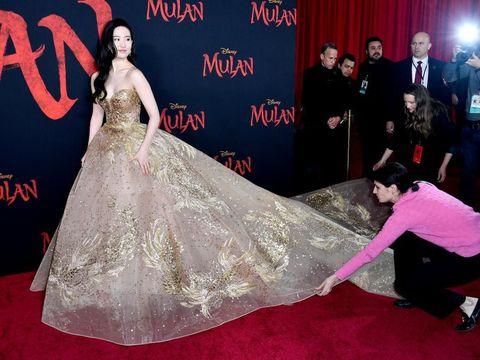 Cantiknya Liu Yifei Bak Disney Princess di Premier Film Mulan