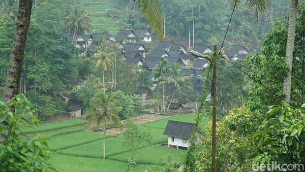 Panorama pemukiman warga dari ketinggian
