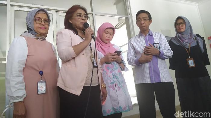 Konferensi pers RSUP Persahabatan (Luqman Nurhadi Arunanta/detikcom)