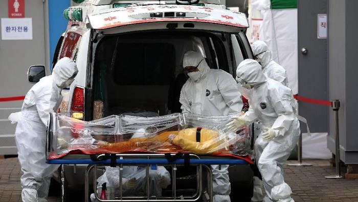 Jumlah total kasus virus Corona atau Covid-19 di Korsel telah mencapai 7.513 kasus. Korsel pun terus berperang melawan Corona karena jumlah pasien terus bertambah.