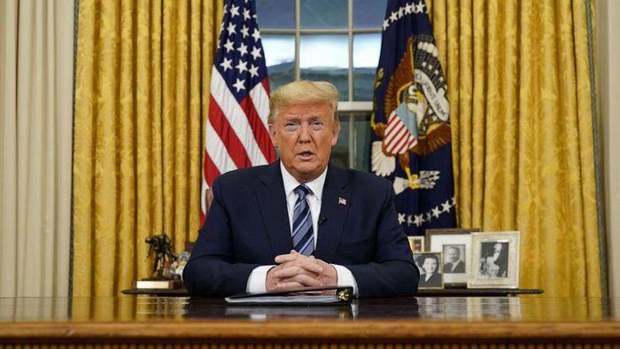 Donald Trump tutup akses wisatawan Eropa