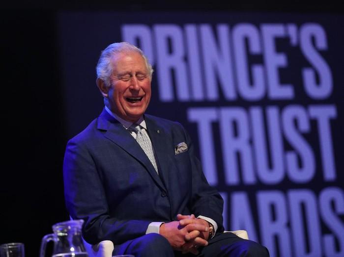 Pangeran Charles Positif Terinfeksi Corona