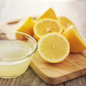Tren Bersihkan Vagina Pakai Lemon untuk Mematikan Sperma, Ini Bahayanya