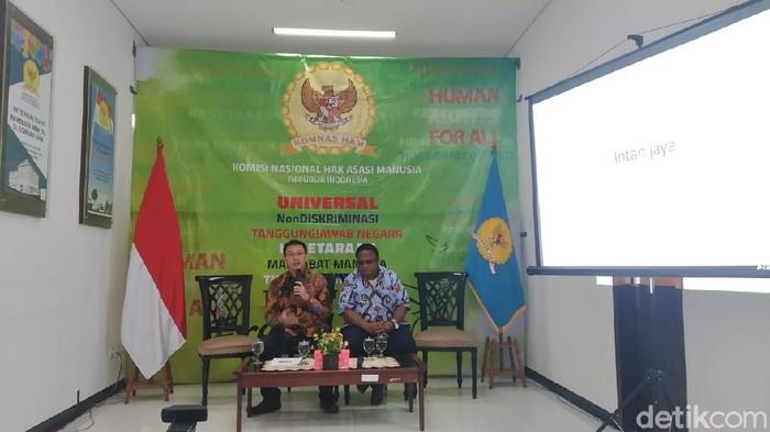 Dewan Adat Papua.