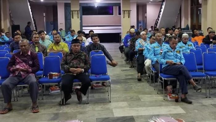 Warga dan kader DPD PAN Klaten saat mengikuti kegiatan reses DPRD Klaten.