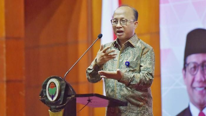 Sekretaris Jenderal Kementerian Desa, Pembangunan Daerah Tertinggal dan Transmigrasi Anwar Sanusi