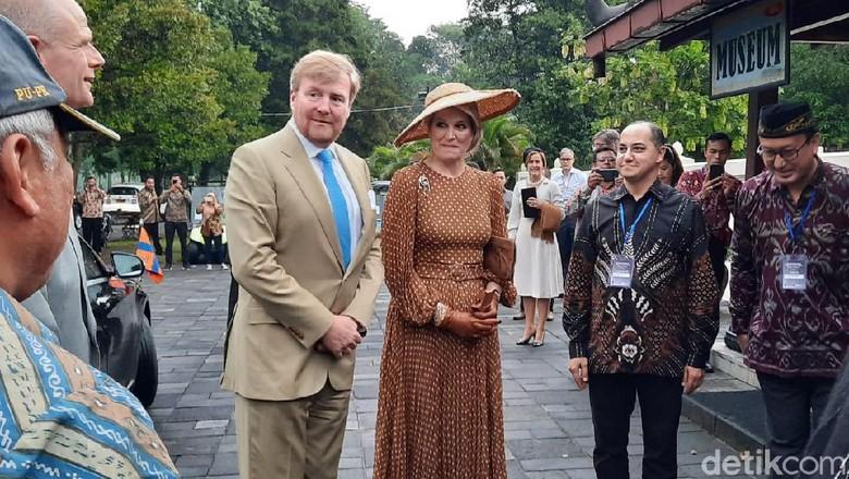 Raja dan ratu belanda di Prambanan