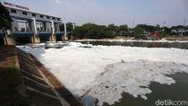 Sungai BKT di Marunda Berbusa