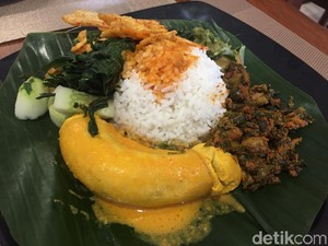 Nasi Kapau Langganan: Nikmat! Gulai Tambusu dan Telur Barendo Berpadu Nasi Hangat