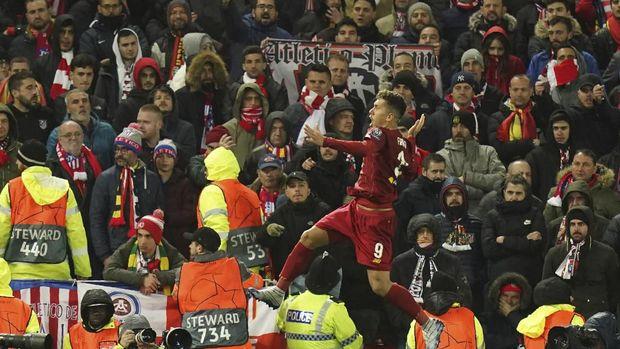 Roberto Firmino sempat bikin Liverpool unggul 2-0.