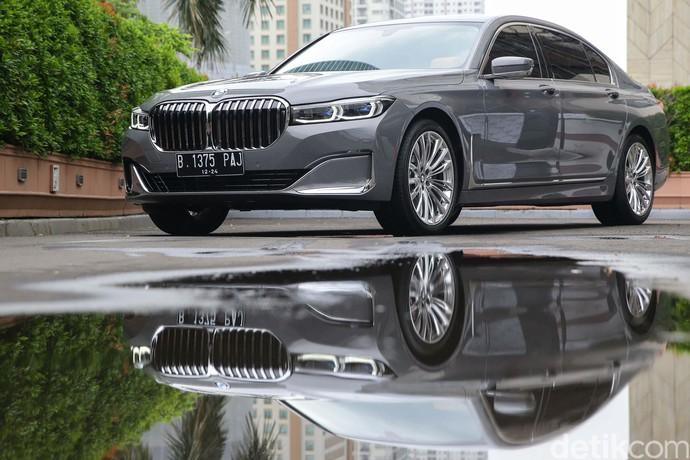 BMW Indonesia menjalin kerja sama dengan Citi Indonesia (Citibank). Mereka meluncurkan program cicilan 0% untuk pembelian mobil BMW.