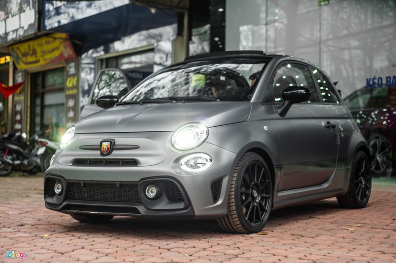 Fiat 500 Abarth Si Mungil Berharga Hampir Rp 2 Miliar