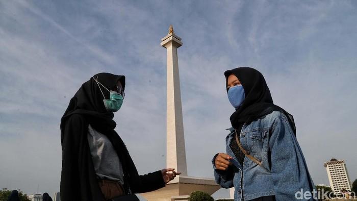 Pemprov DKI Jakarta akan menutup tempat wisata selama 2 pekan ke depan untuk mencegah penyebaran virus corona. Salah satunya adalah Monas.