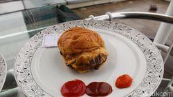Cheese Burger Rp 110.000 Vs Rp 26.000 Mana yang Lebih Enak?