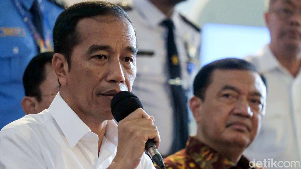 Ingatkan Social Distancing, Jokowi Cerita Pantai Carita-Puncak Malah Lebih Ramai