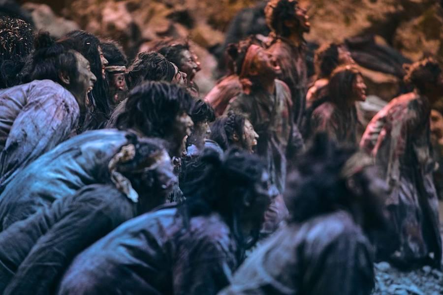 Adegan-adegan di film Kingdom musim kedua.