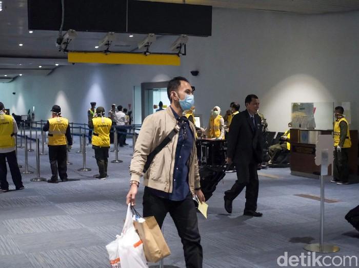 Sebagai salah satu jalur keluar-masuknya orang dari dan ke Indonesia, Bandara Soekarno-Hatta mempersiapkan pencegahan dari virus corona.
