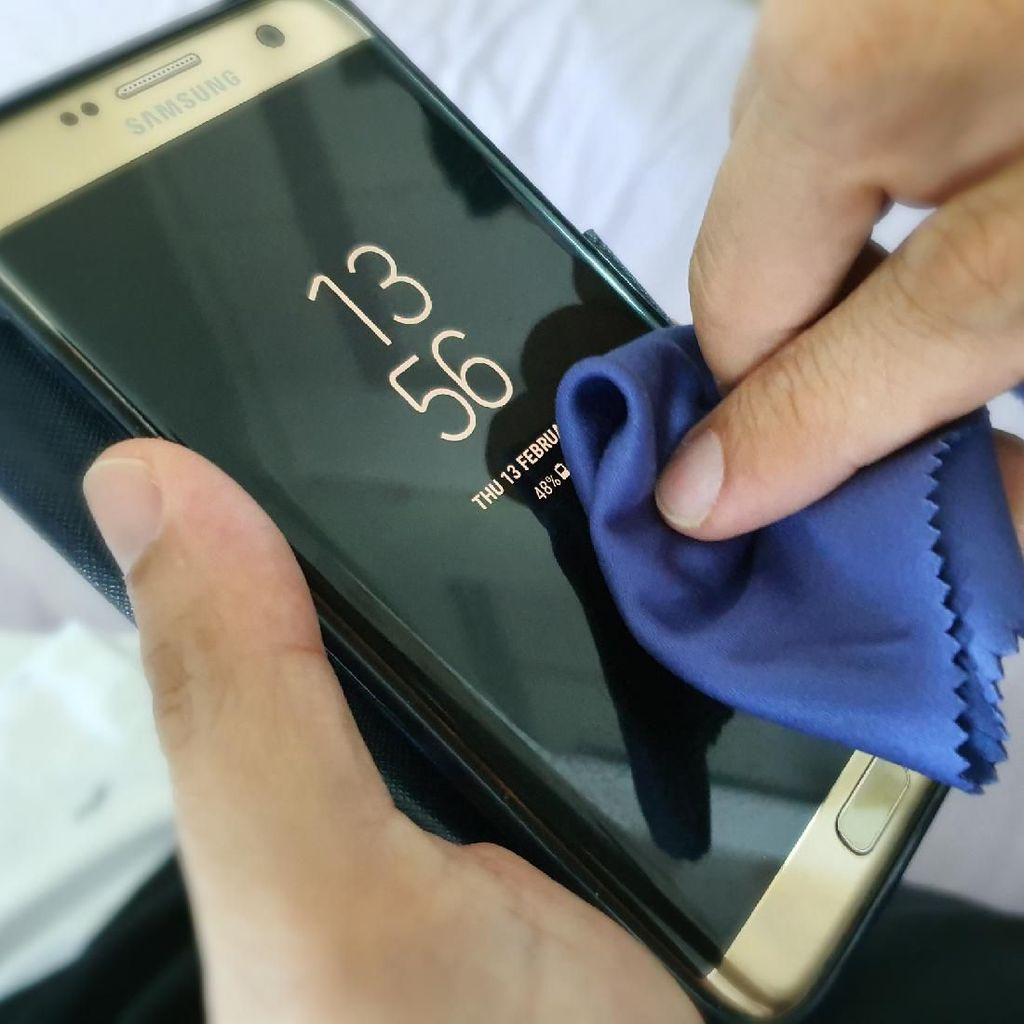 Cara Bersihkan Ponsel untuk Cegah Virus Corona
