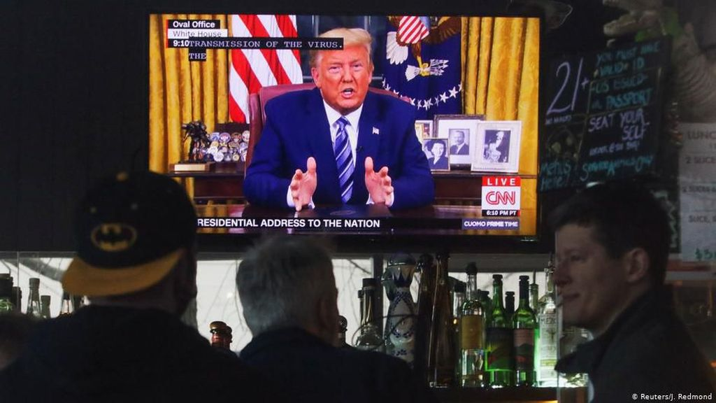 Virus Corona Bisa Jadi Musuh Terbesar Trump Jelang Pemilu AS