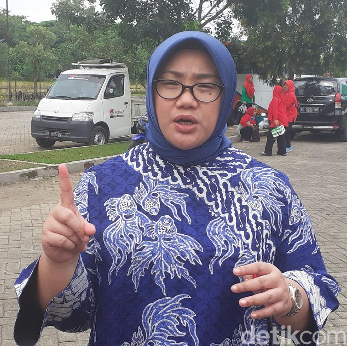 Bupati Sragen, Kusdinar Untung Yuni Sukowati, Sabtu (14/3/2020).